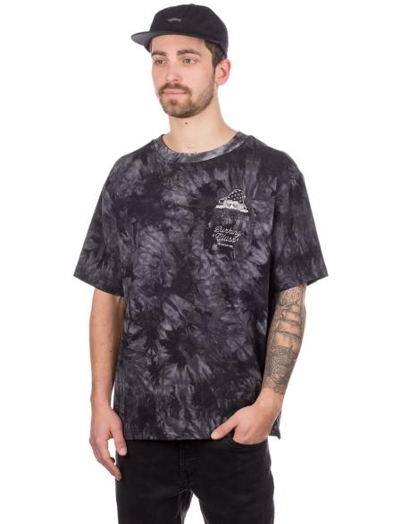Lurking Class Wizards Pocket T-Shirt zwart