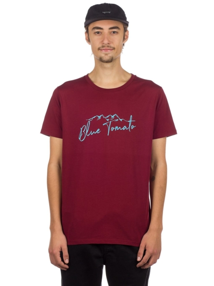 Blue Tomato Mountain Script T-Shirt rood
