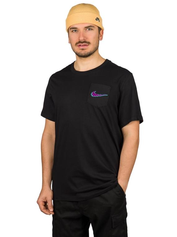 Nike SB Pocket Mini Truckin T-Shirt zwart
