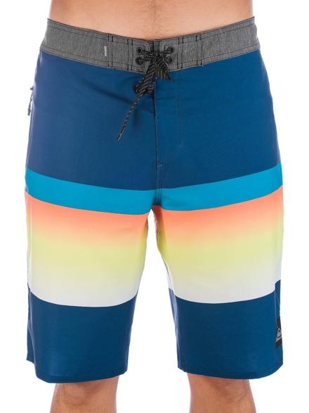 Quiksilver Highline Slab 20 Boardshorts blauw