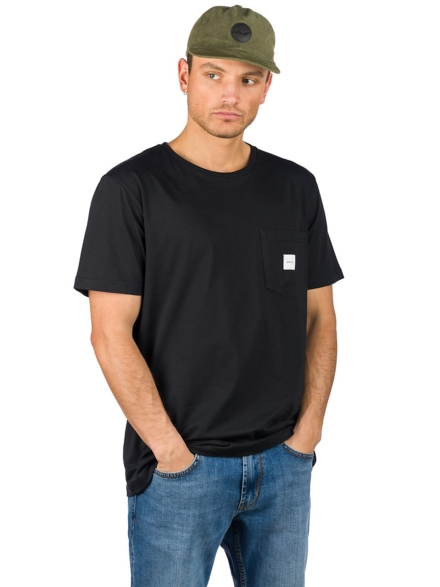 Makia Square Pocket T-Shirt zwart