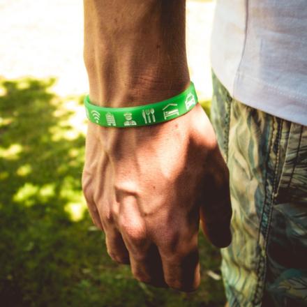 Ik ga op avontuur Travel bracelet (large) reisbandje icons lichtgroen