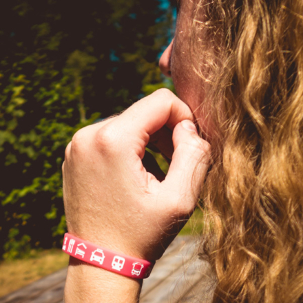 Ik ga op avontuur Travel bracelet (small) reisbandje icons roze